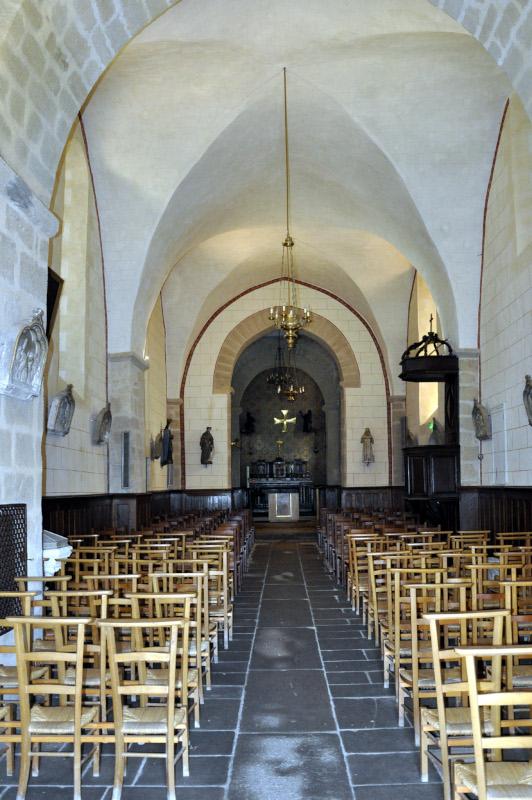 P451-Eglise.Intérieur.01