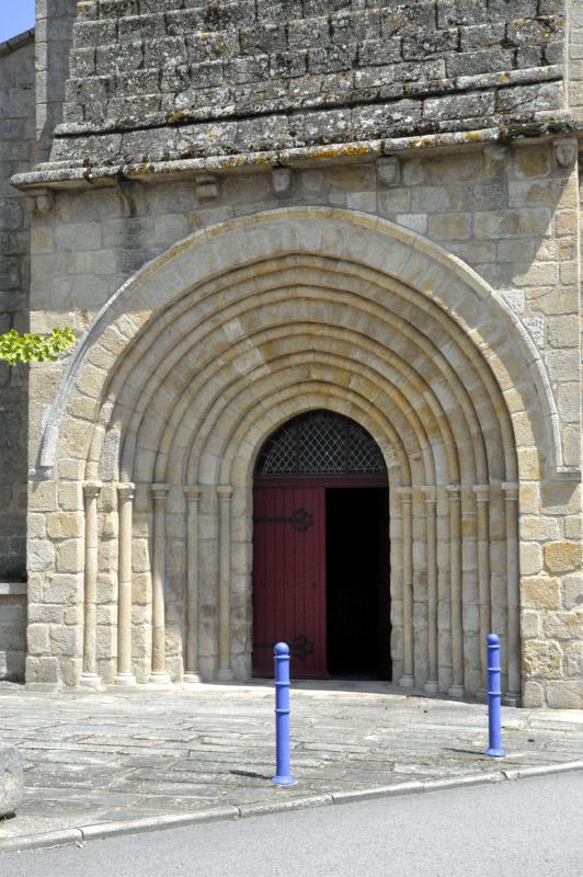 P451-Eglise.Porche.03